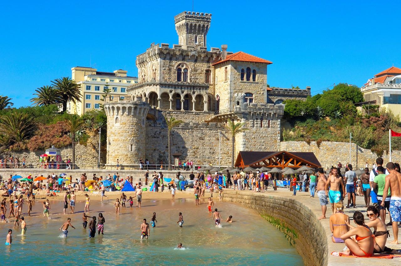 葡萄牙語:república portuguesa),是一個位于歐洲西南部的共和制國家
